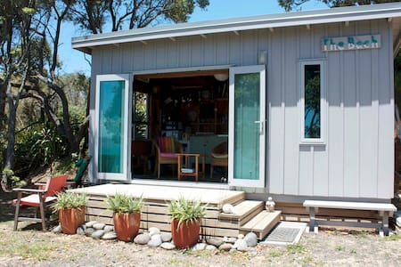 Coromandel Bach @ Otama Beach - Bed & Breakfast