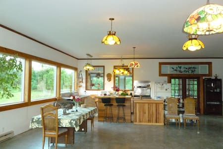 Spacious Farmhouse For group rental - Overig