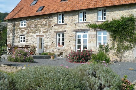 Bed and Breakfast in Normandy, Fr 1 - Bed & Breakfast