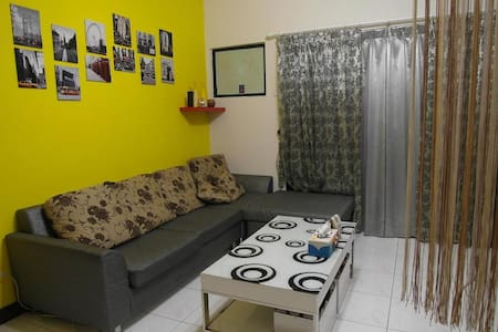 Vegetable GuestHouse (private room) - Zuoying District - Apartamento