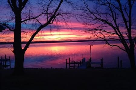 Sweet Haven on the Patuxent-Waterfront, 3 bedrooms - Broomes Island - Casa