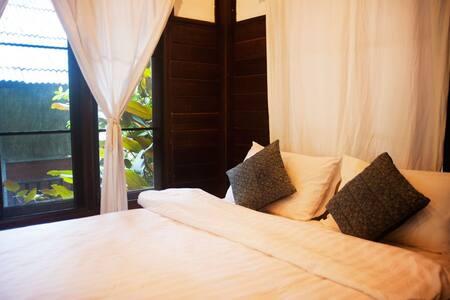 Cozy Jungle Room Near Chiang Mai - Mae Wang