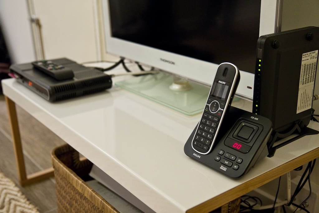Cable TV, Wifi and Telephone included