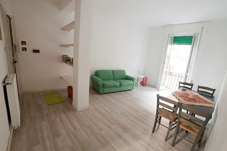 Yoga Appartment // Central Rome