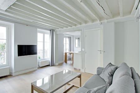 Chic 34sqm 1-BDR - Champs Elysees - Apartmen