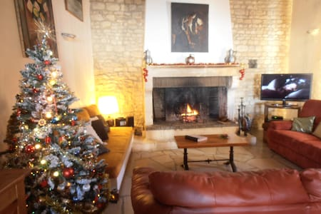 House 15p, warmed private pool, spa, near Chablis - Roffey - Huis
