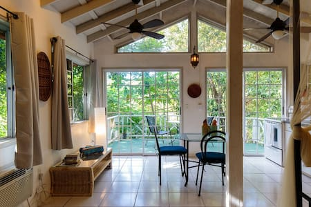 Hilltop Casita with Swimming Pool - Culebra