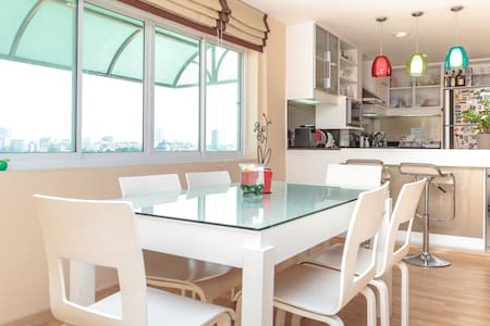 100 SQM spacious 2BR apartment near DMK&JJ market - Bangkok