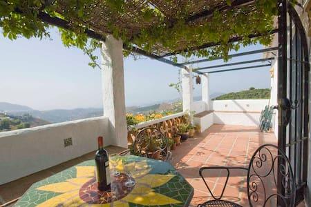 Cottage in Spain/Mediterranean Sea - Frigiliana - Huis