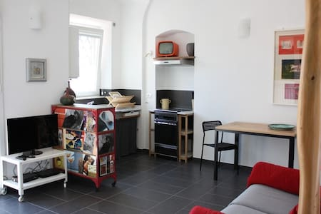 BILOCALE TRA MARE E COLLINA (Pisa) - Appartamento