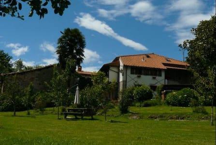 La Rondina - Cosy countryhouse - Talo