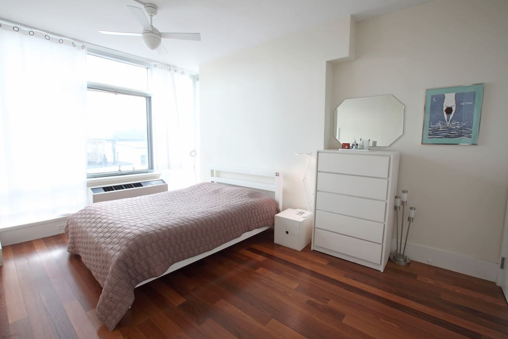 bedroom (only available for full apartment rental)