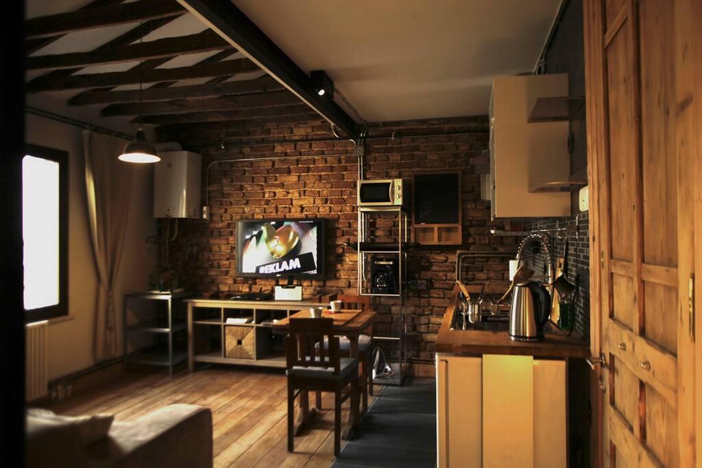 amazing location, stylish loft