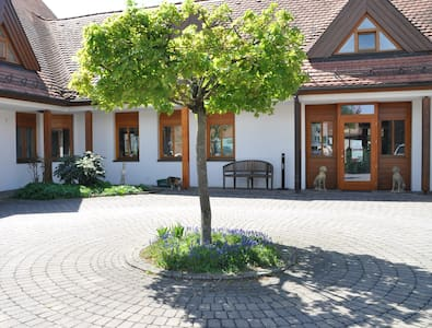 Beautiful villa in Bad Windsheim - Pousada