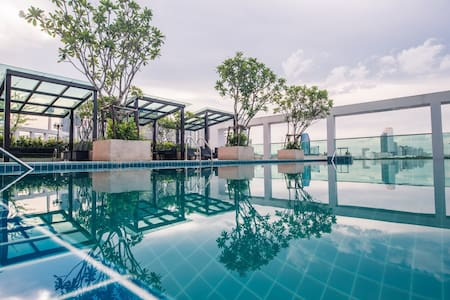 1BR CLEAR VIEW 29FL/WIFI/ POOL/GYM - Bangkok - Appartement