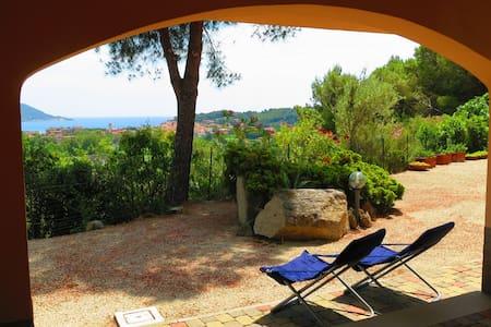 Villa Tosca con vista sul golfo - Marina di Campo - Villa