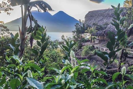 The Yoga Forest - Private Retreat - San Marcos La Laguna - Bed & Breakfast