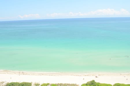 Oceanfront 16th Floor Brand New Beachfront Flat - Miami Beach - Apartment