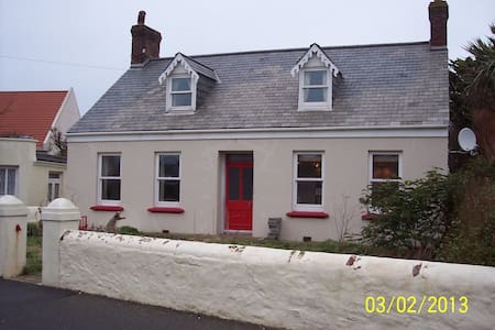 Traditional Guernsey Cottage
