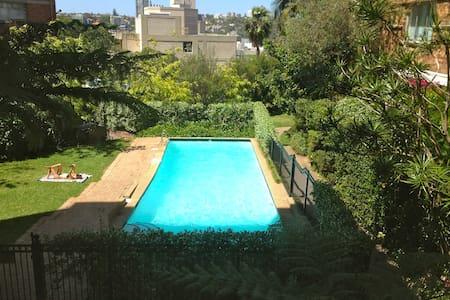 One bedroom Swimming Pool/Garden