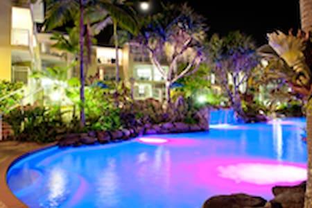 alex beach resort