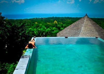 Bungalow & pool with PANORAMIC VIEW