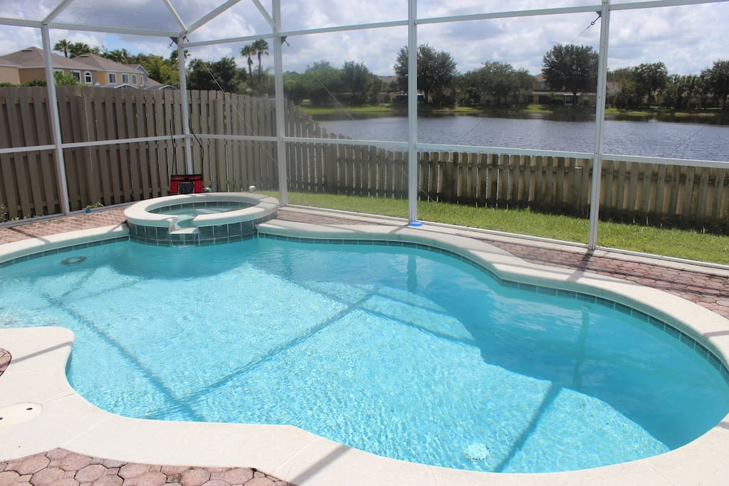 4 bed sun bay villa with pool villas for rent in orlando for Pool and spa show usa