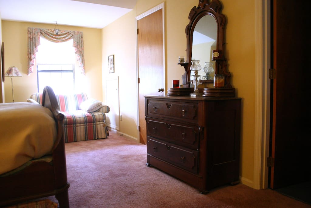 Belmont trace townhome, very close