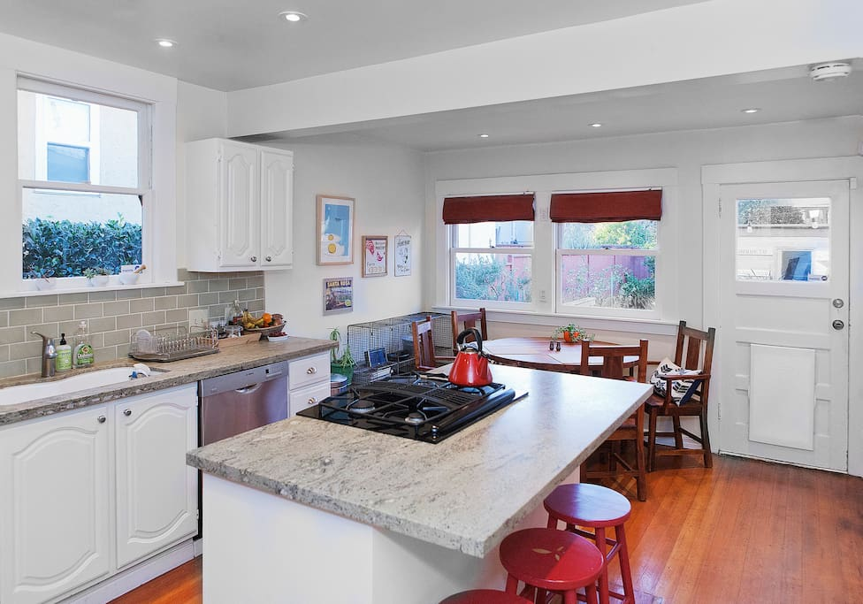 Large kitchen - feel free to cook!