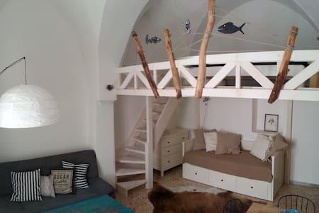 Cosy casa with sunny roof terrace! - Ostuni - Casa