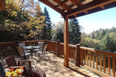 Cabin Fever Vacation Rental - Palomar Mountain - Chalet