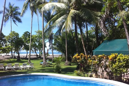 Rafiki Beach Camp Beachfront Tent 2 - Savegre - Bed & Breakfast