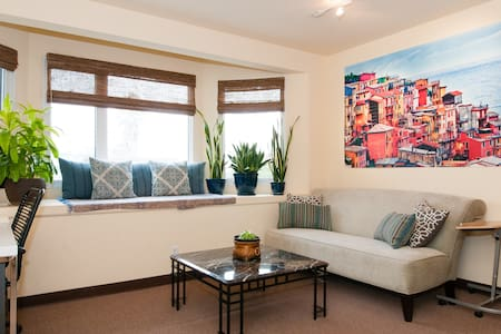 Chic & Comfy Apt in SF's Mission!