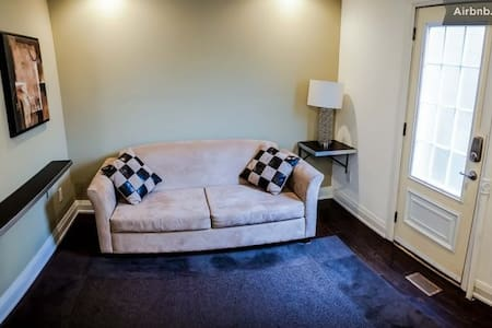 WOW Central from $425/wk Studio-1