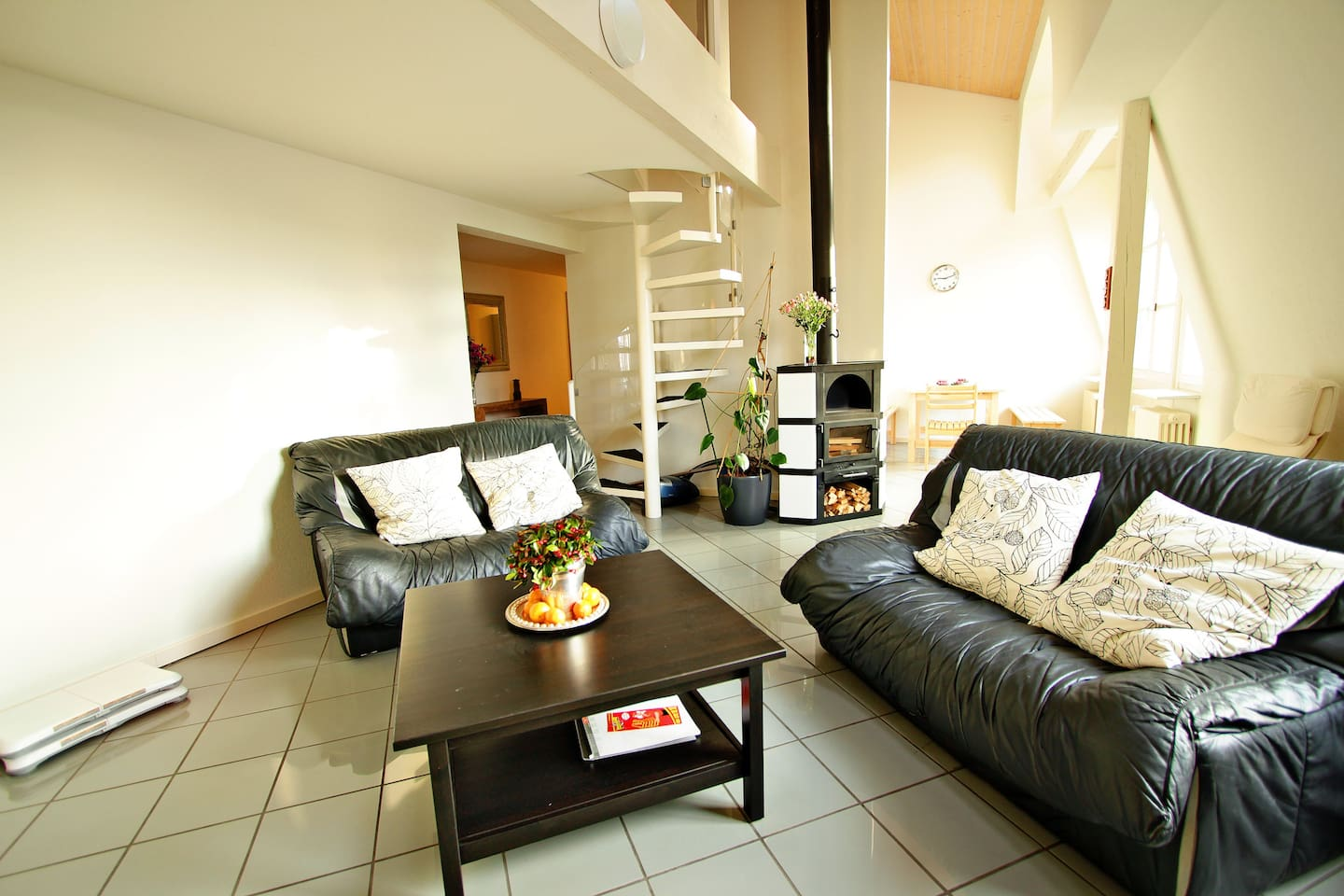 Deluxe Apt. in the Embassy area