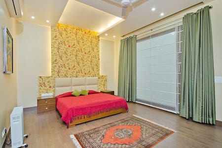Mulberry Vista Bed & Breakfast - Neu-Delhi