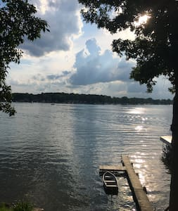 Lake Front on Devils Lake with all amenities - Apartment