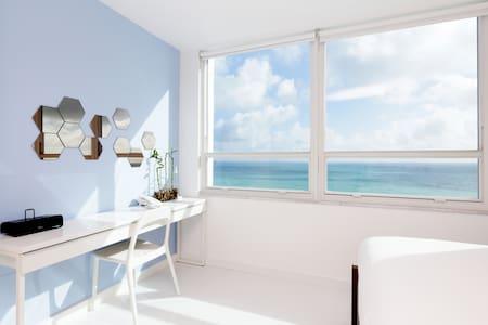 Oceanfront 16th Floor Brand New Beachfront Flat - Miami Beach - Wohnung
