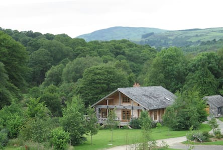 Charming Log House in Wicklow Hills - Rumah