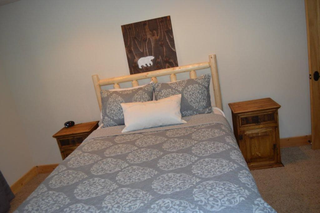 another view of downstairs queen, brand new mattress