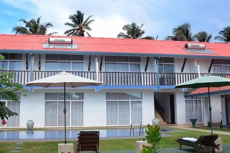 Sunset Beach House - Bed & Breakfast