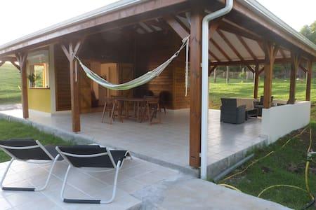 Aloha Spirit House - Földház