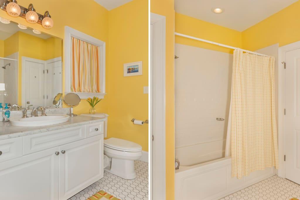 full bathroom between bedrooms #1 and #2