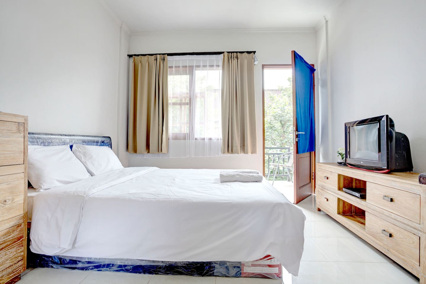 Affordable Studio Apt in Seminyak