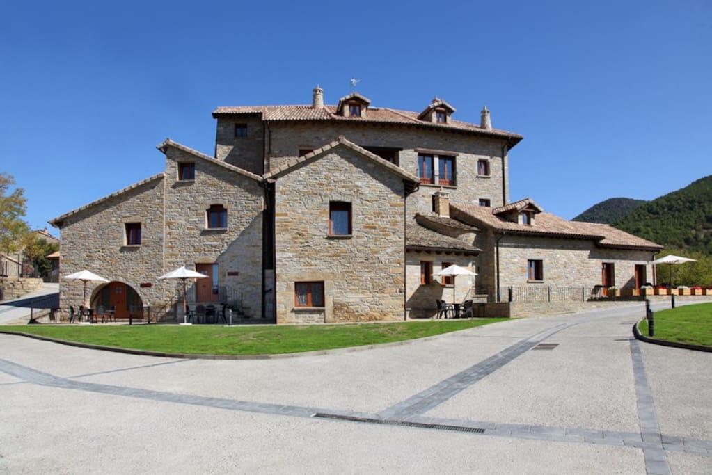 Casas pirineo apto la solana apartments for rent in gerbe - Casas del pirineo ...