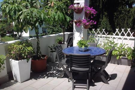 villa accogliente con giardino privato - Segrate