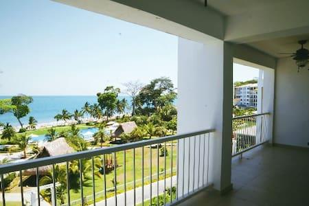 Ocean Front Condo Bijao, Rio Hato, Panama - Rio Hato - Wohnung