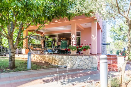 Villa Cvita terrace, BBQ boat berth - Sukošan - Villa