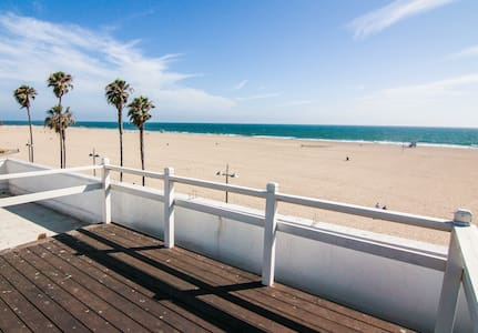 ***Brand New Venice Beach Remodeled Ocean Views*** - Los Angeles - Appartement