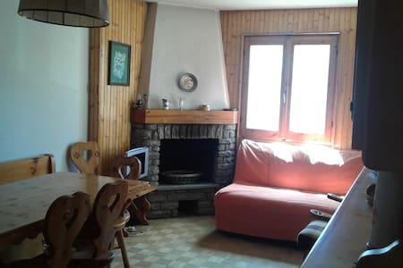 Appartamento sulle piste da sci di Torgnon - Apartment